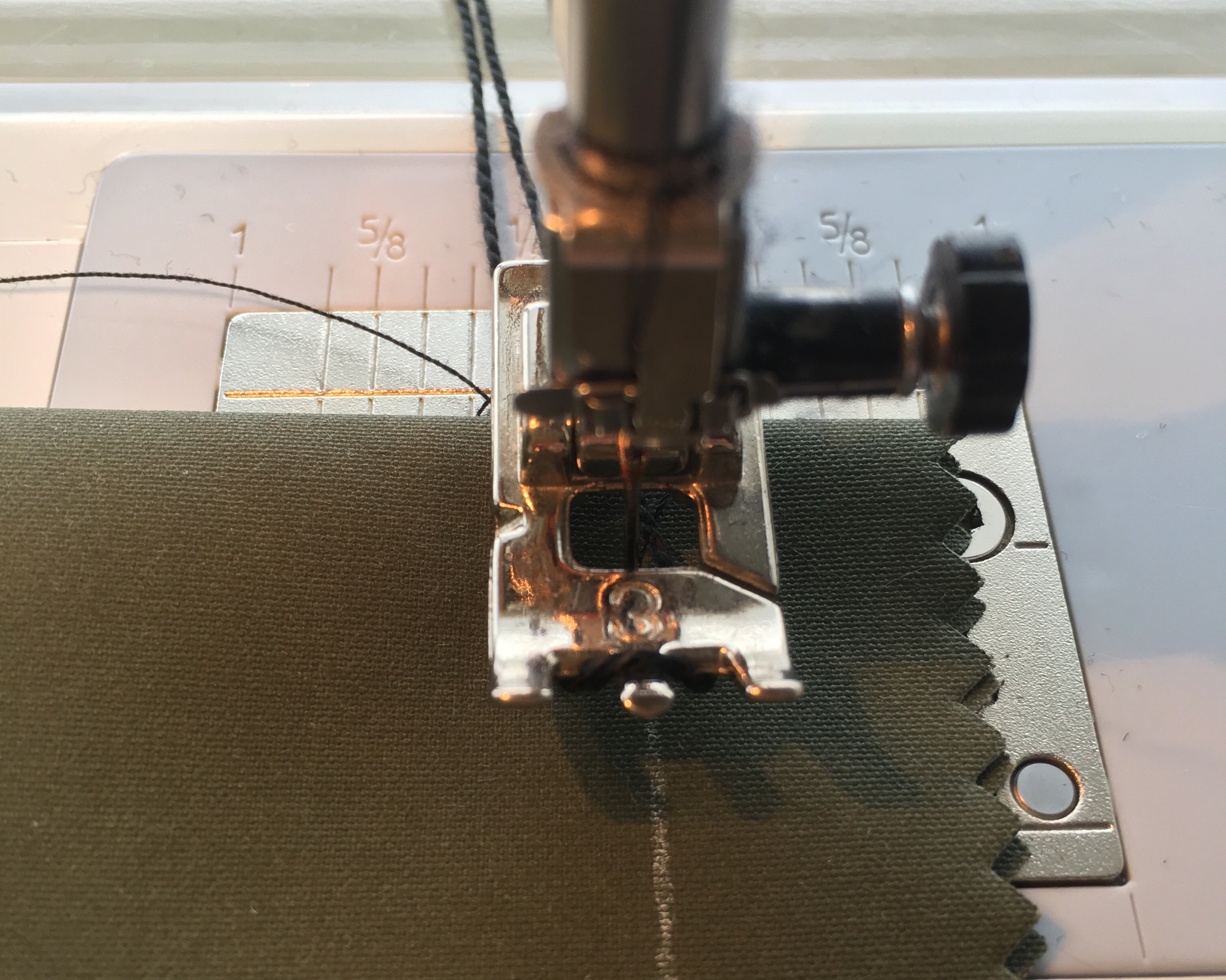 Sewing a corded buttonhole Bernina presser foot