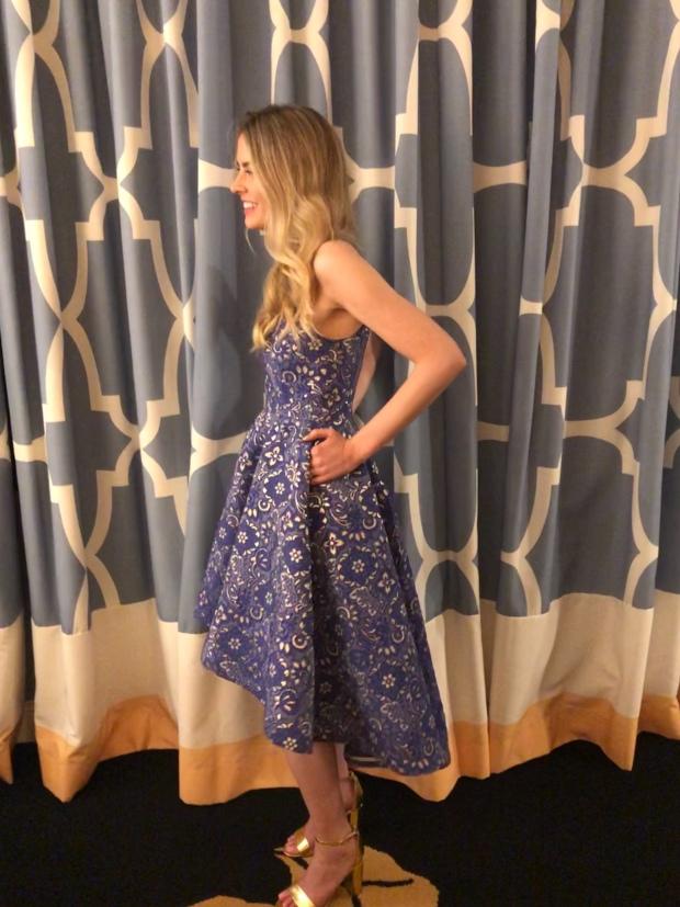 Vogue 9252 dress side and pockets