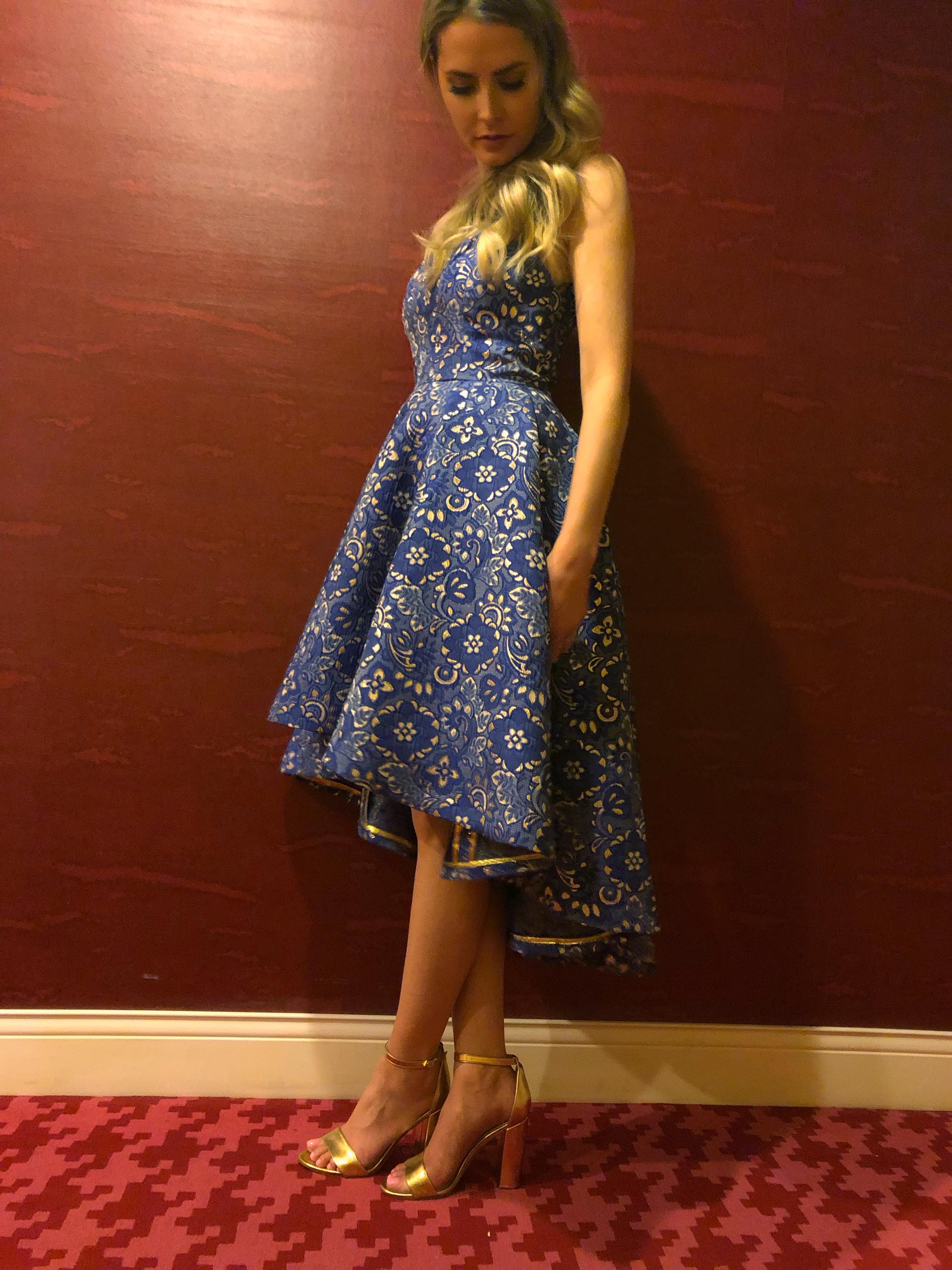 Vogue 9252 dress with hong kong seams